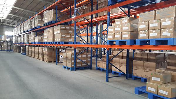 厂家是参照4个因素来设计专属您自己的仓储货架