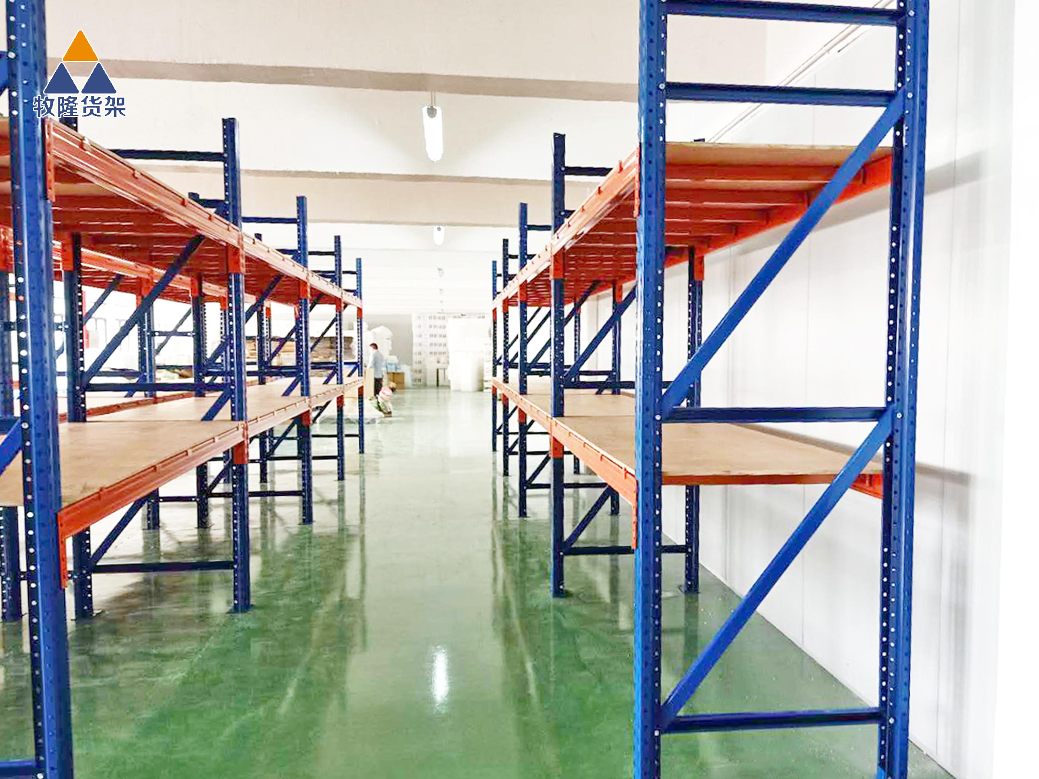 在定制仓储货架时需要注意哪些方面?